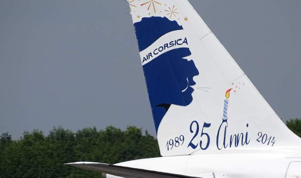 Air_Corsica_F-GHQE_A320_Air_Corsica