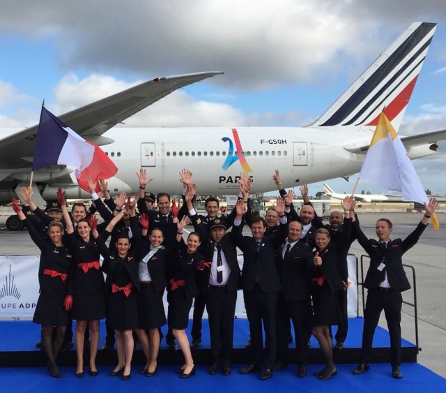 Air France transports the delegation of Paris 2024