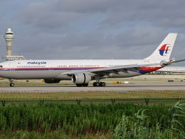 Airbus_A330-300_Malaysia_Airlines