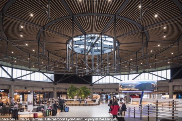l a roport de lyon inaugure son nouveau terminal l 39 a rien. Black Bedroom Furniture Sets. Home Design Ideas