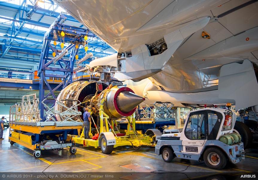 Décollage réussi pour le premier vol d'essai de l'A330neo (vidéo) — Airbus
