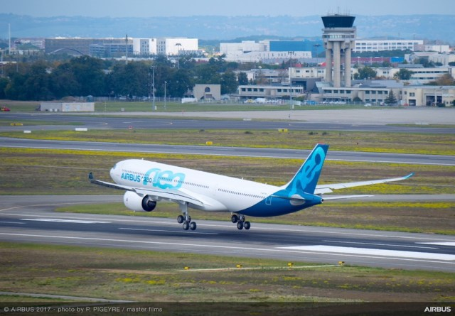 Airbus_A330neo_atterrissage
