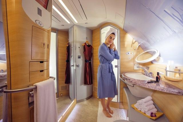 Airbus_A380_Emirates_douche_spa