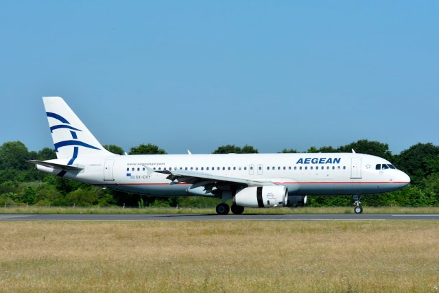 Airbus_A320_Aegean_Airlines