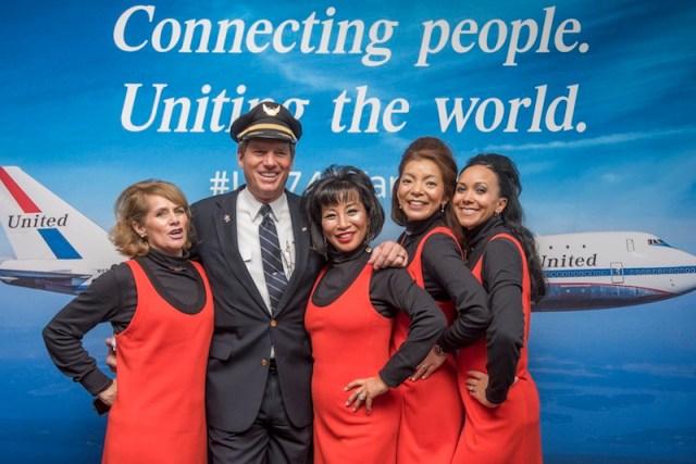 Boeing_747-400_United_dernier_vol
