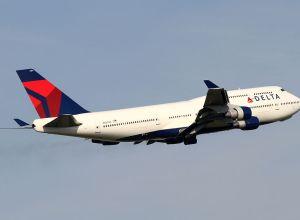 Boeing_747-400_Delta