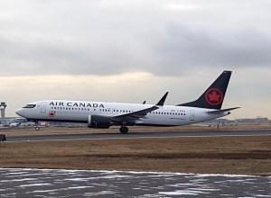 Boeing-737_Max-Air_Canada_decollage
