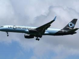 Boeing_757-200_W_La_Compagnie