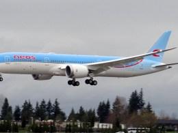 Boeing_787-9_Neos_AerCap