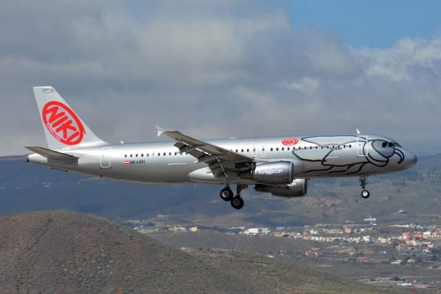 Airbus_A320_Niki