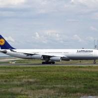 Airbus_A340-300_Lufthansa