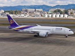 Thai-Airways-Boeing-787-8
