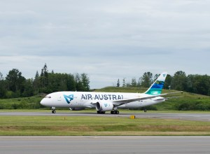 Boeing_787-8_Dreamliner_Air_Austral