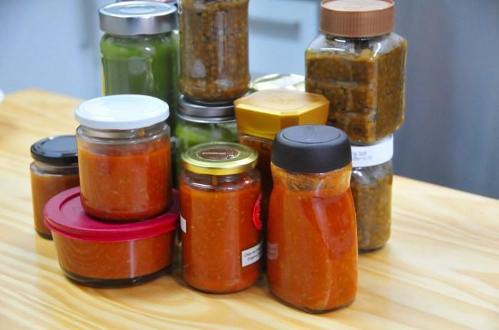 Salsa de tomate con carne, lentejas y crema de espinaca con brocoli, listo para congelar!
