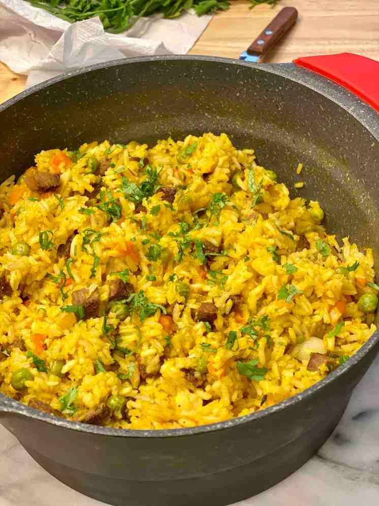 Cómo hacer arroz a la jardinera con carne