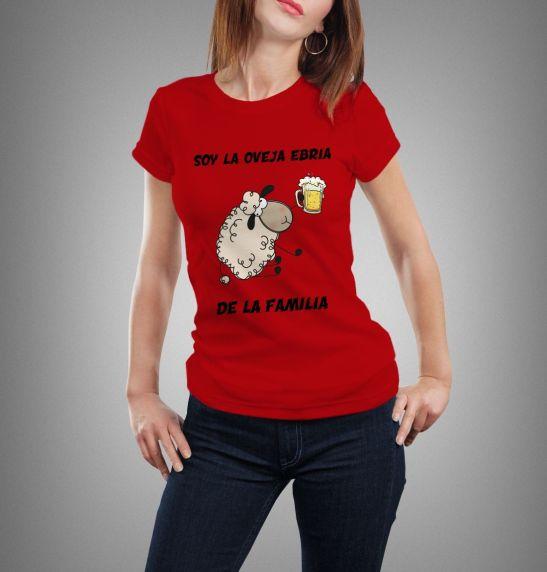 camiseta de mujer soy la oveja ebria de la familia humor