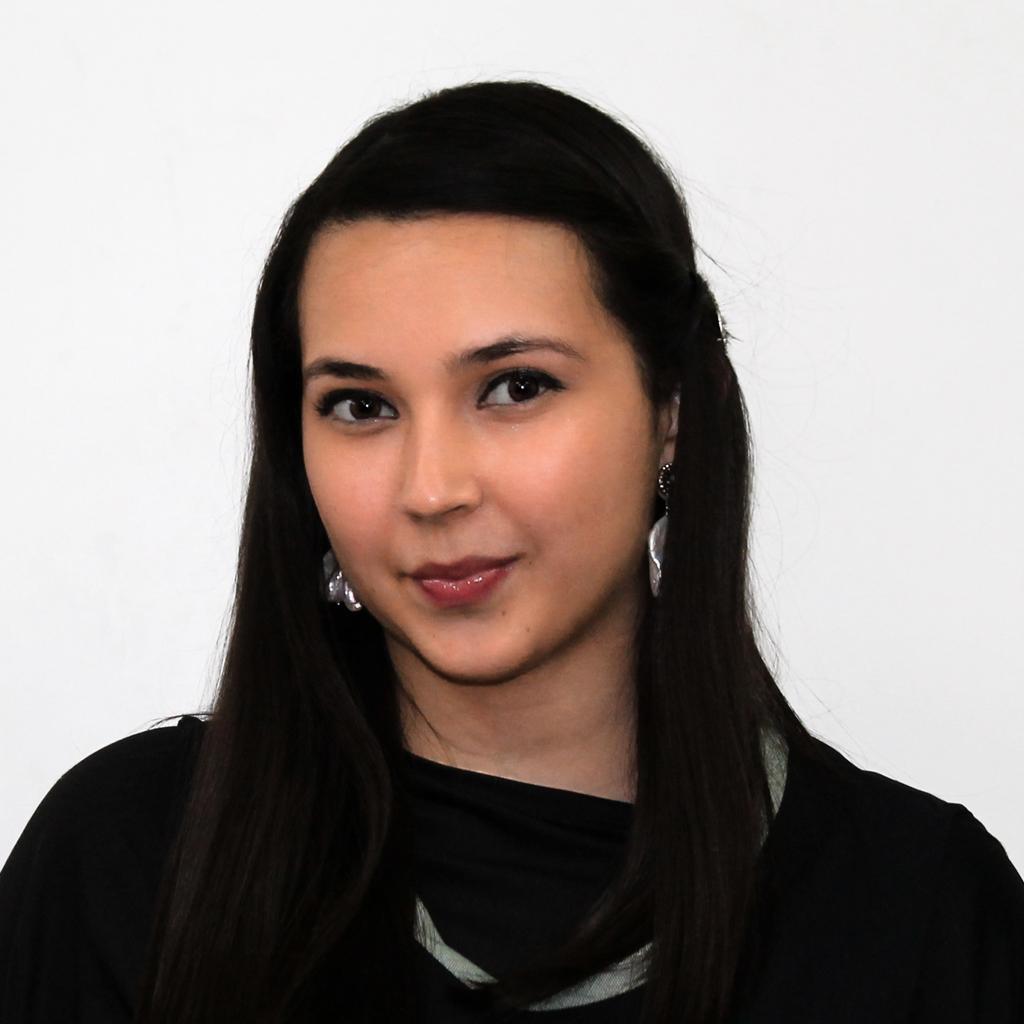 Ms. Andrea Amaya