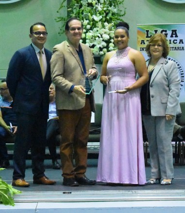 Yahelis Muñoz atleta más valiosa de softbol representando a la UMET y participará en Barranquilla 2018. (L. Minguela LAI)