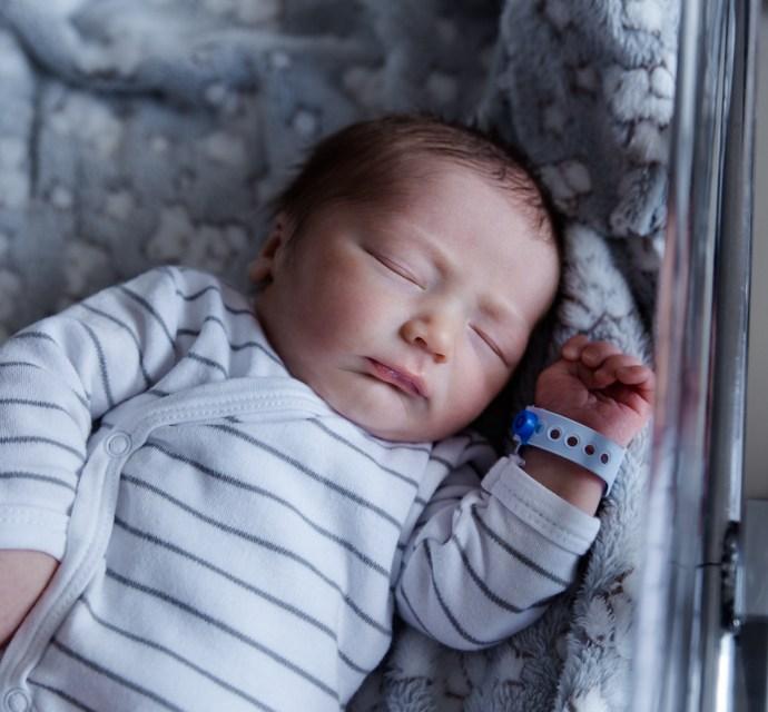 Séance photo à la maternité de Carpentras, Sandro.