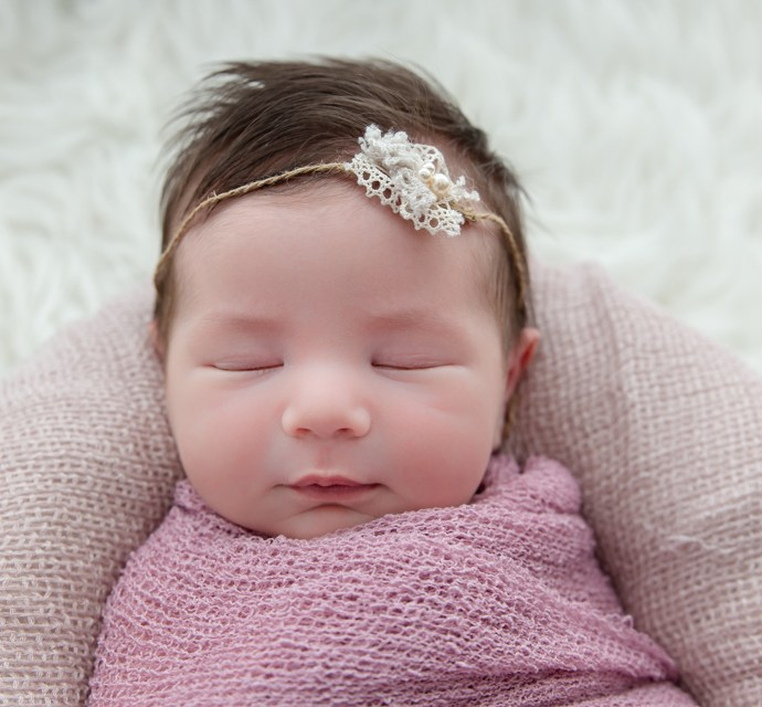 Pourquoi réaliser une séance photo bébé naissance ?