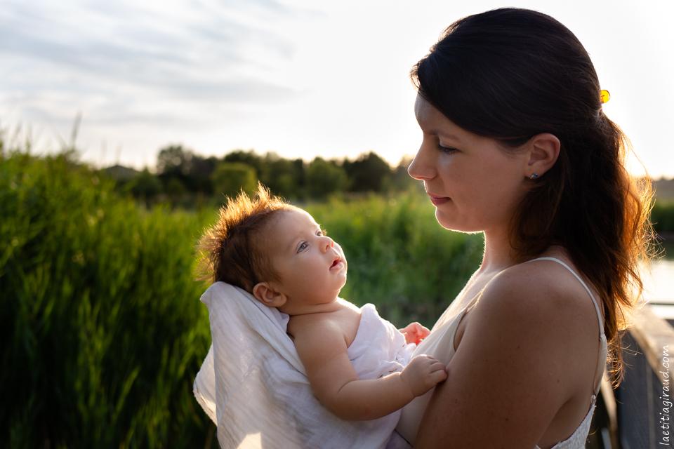 regard mère bébé complicité