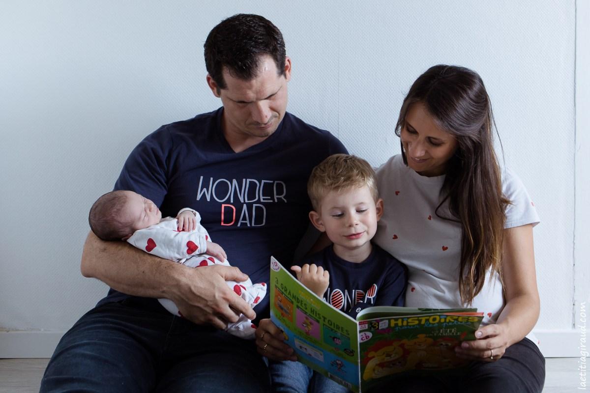 photo de naissance en famille