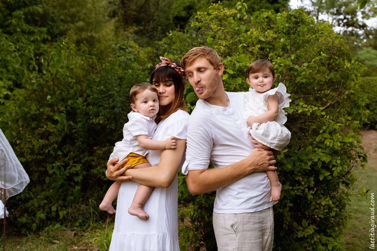 photo de famille avec des jumeaux a carpentras