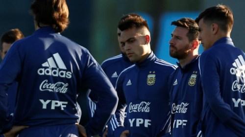 LAUTARO MARTINEZ: Otro nombre albiceleste permanece sonando desde el Estadio Bicentenario.