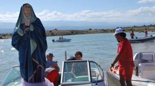 Convocatoria masiva por la procesión náutica