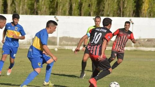 Chelo Pastén, el 'funebrero' que debutó en Primera con 15 años y vive el fútbol como una pasión familiar