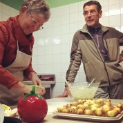 Martine cuisinière et Jean Pierre comis de cuisine