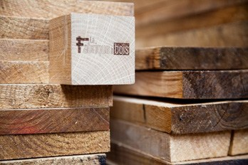 bois massif sur mesure livre a domicile