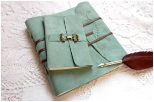 4 carnets de voyage en cuir