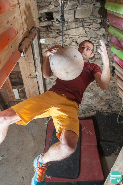 applaudimètre sur boule de suspension artline