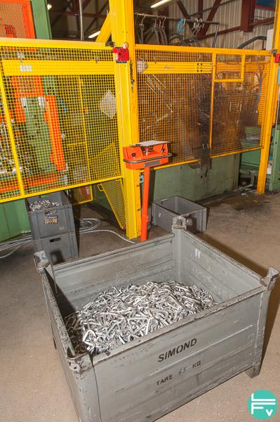 simond-factory-climbing-gear-carabiners