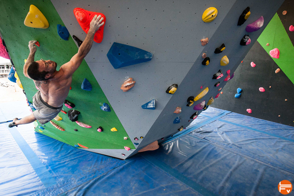 bouldering-dyno-training-climbing-fabrique-verticale