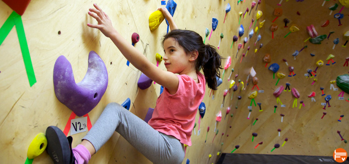 enfants-escalade-fabrique-verticale