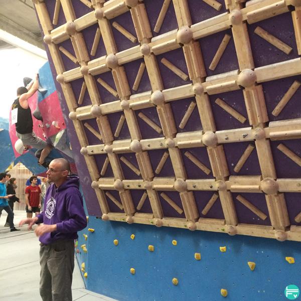 pan-dutray-block-out-3-escalade-entrainement-lattice-board