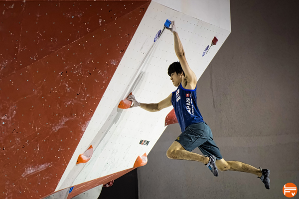 3-bloc-bercy-escalade-olympique-japon