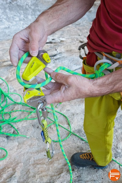 ohm-edelrid-belay-device-climbing