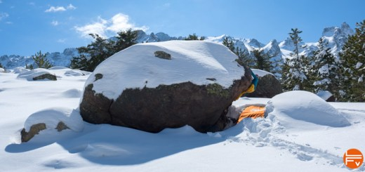 patagonia-micro-puff-jacket-review-lafabrique-verticale-bouldering-snow-winter
