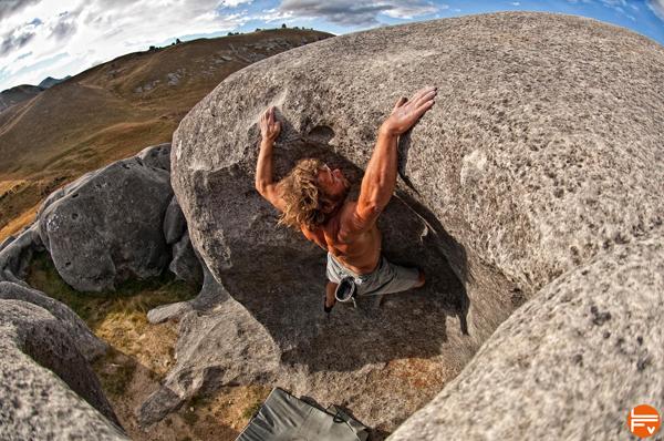 udo-neuman-bouldering-climbing-coach