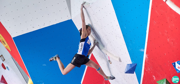 japanese-climbers-coach-training-competition-bouldering