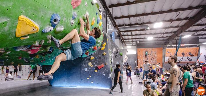 grimpeurs-salle-escalade-enquete-sociologie