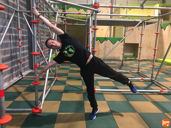 faire le human flag entrainement escalade calesthenic parkour ninja warrior