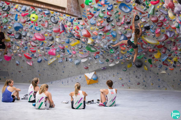 Warming Up Before Bouldering- How to Double Your Energy for climbing