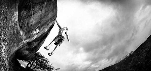 dynos climbing bouldering