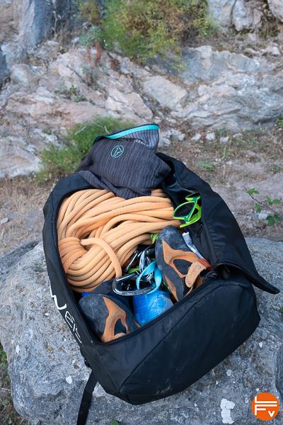 sac cargo edelweiss rempli avec matériel et corde