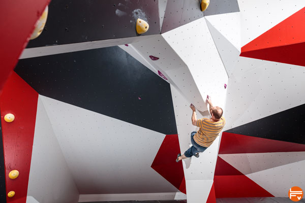 route setting bouldering