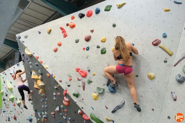 boulder gym indoor climbing bouldering sessions